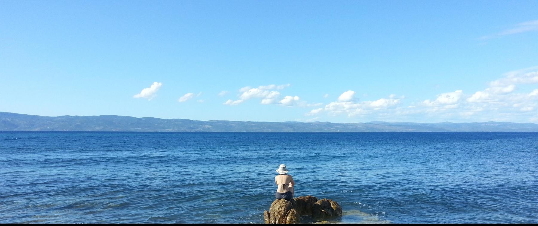 H-in-the-Aegean-Sea-gazing-at-Turkey